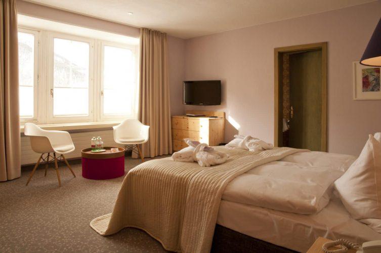 Zimmer STA 205 1